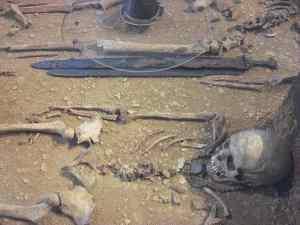 Tomba del periodo merovingio, immagine rilasciata in pubblico dominio, fonte Wikimedia Commons, utente FerdiBf
